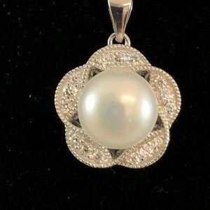 St Silver Freshwater Pearl Cubic Zir Necklace